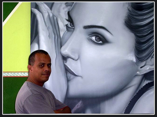 Angelina aerografia quadro na parede (dou aulas) - Airbrush Murales