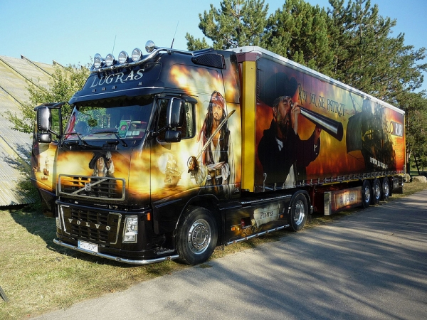"Volvo truck ""Pirates of the Caribbean"""