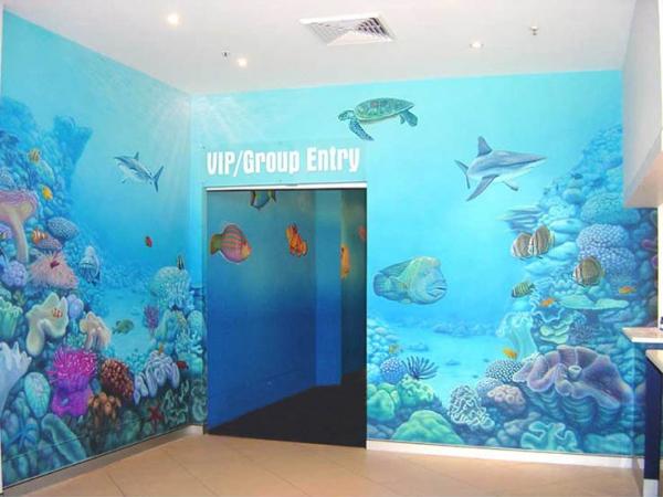 Mural painting in Sydney Aquarium entrance - Airbrush Murales