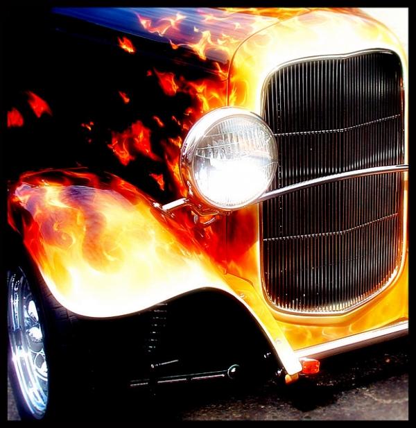 Real Flames onKustom hot road