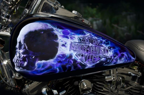 Amazing Phtoralism - Kustom Airbrush HD Tank by anthonyairbrush.com