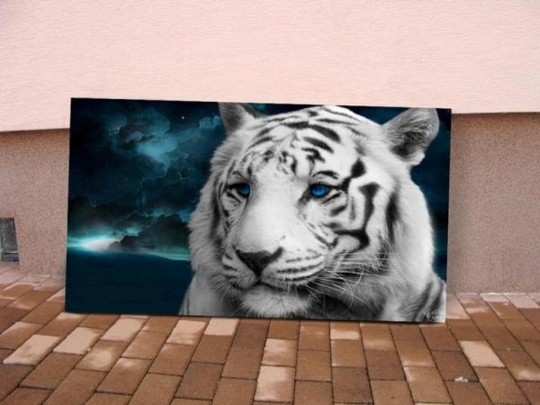"Saatchi Art Artist: René Šurda; Airbrush 2013 Painting ""White Tiger"""