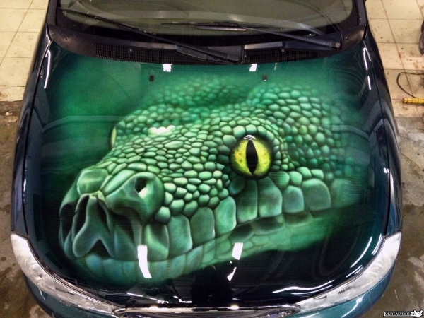 car airbrushing painting hood images green snake airbrush. Black Bedroom Furniture Sets. Home Design Ideas