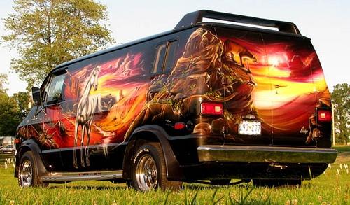 Airbrush Kustom on Van