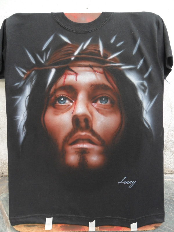 Jesus of nazareth (Robert Powell) Airbrush on black T-shirt | Castellaro Airbrush - Favorite Art