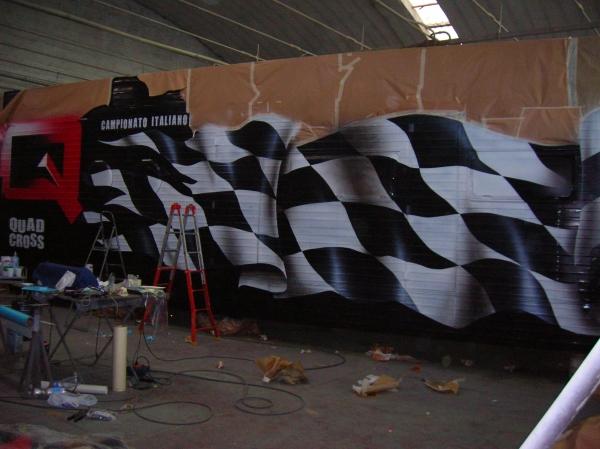 ArteKaos & Furious Airbrush Team - 16 metri di MotorHome...