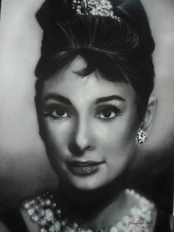 portrait - Audrey, an icon by Julia Tapp