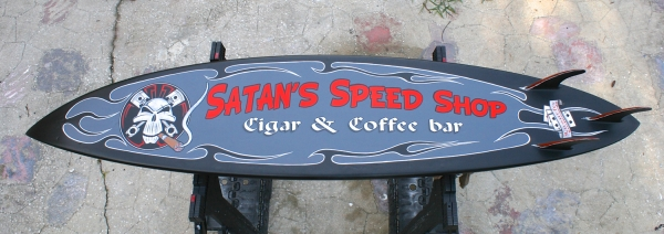 Satan's Speed Shop surfboard - Kustom Airbrush
