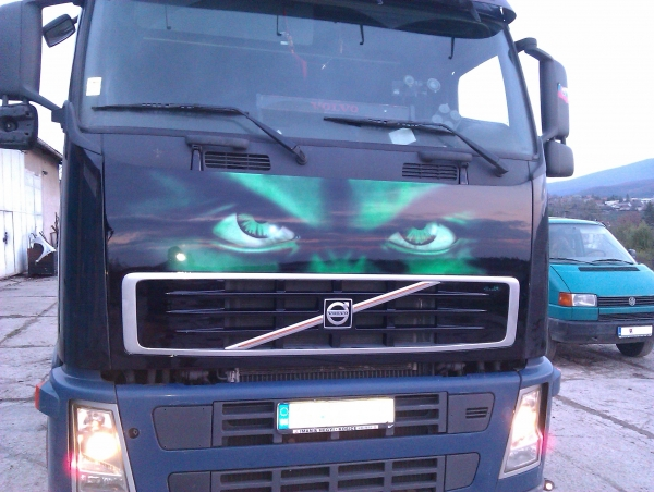 hulk truck airbrush, project started with front mask