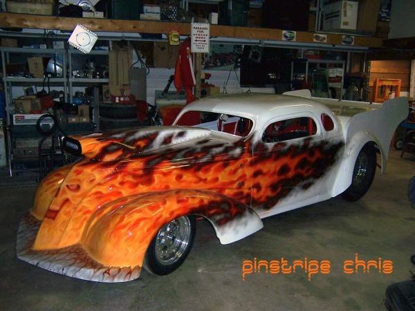 pinstripe chris - bikerMetric