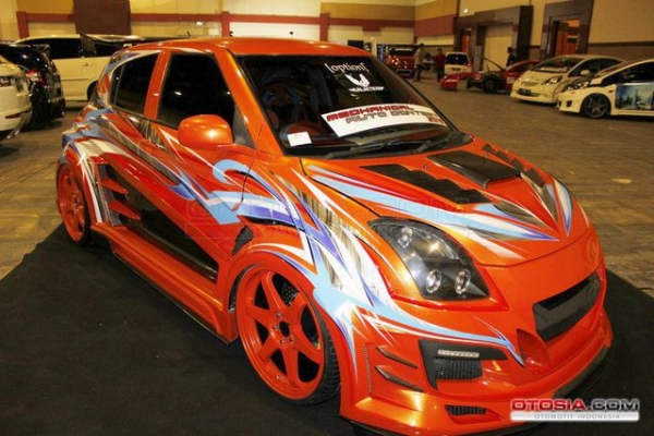 Modifikasi Suzuki Swift Sang King Extreme - City Car Modifikasi Street Racing Airbrush Ala Club Option
