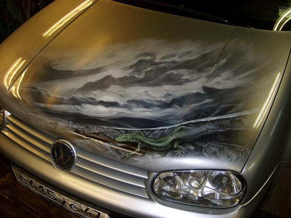 VW golf airbrush bonnet - Aerografia su Gomme