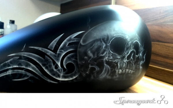 Airbrush Skull on Harley Tank