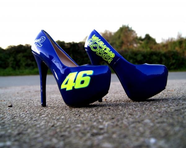 custom heels valentino rossi - AADesign Kustom Airbrush