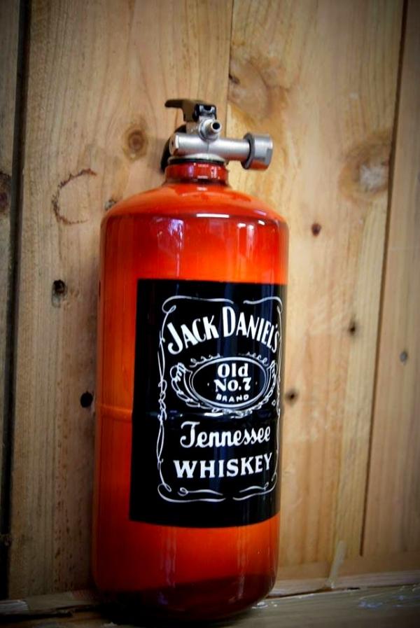 extincteur peinture Jack Daniel's - AADesign Kustom Airbrush