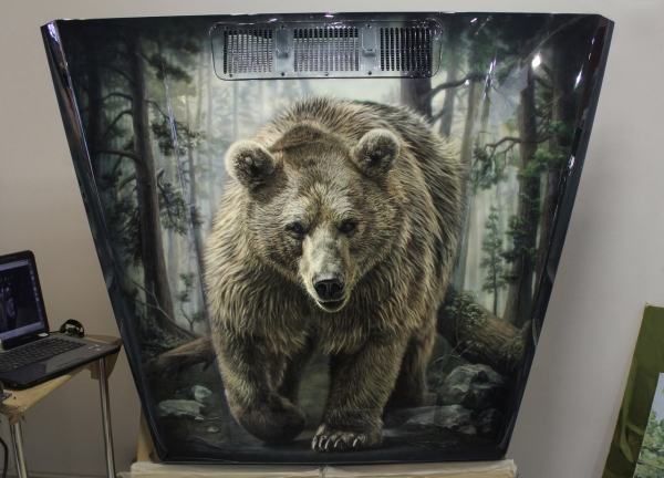 Bear on the Hood - 3 - Airbrush artwork by Art-Tehnika
