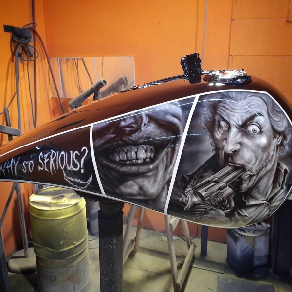 Airbrush on Tank - By Stan ( @stanleypol )
