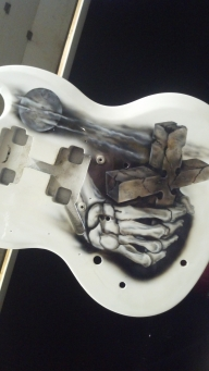 FRONT OF GIBSON SG FREE HAND WITH HOUSE OF KOLOR AND iWATA PRODUCTS - Airbrush Artwoks