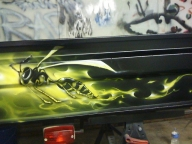 tailgate airbrushed yellowJacket  - Kustom Airbrush