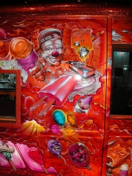 Candy airbrush on truck - Food