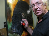 Airbrush workshops with Jurek - Freehand Airbrush Painting - Animal Portraiture - Favorite Art