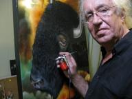 Airbrush workshops with Jurek - Freehand Airbrush Painting - Animal Portraiture - Favorite Art