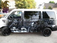 Custom airbrush on Van - Kustom Airbrush