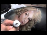 Airbrushed Medusa Portrait Harley Tank : Video Part 5 - Fotorealismo