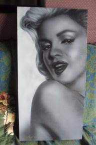 women - Marilyn (daffidol day fundraiser) by Julia Tapp - Airbrush Artwoks