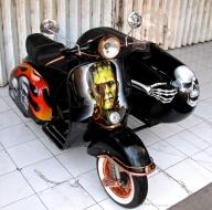 Vespa & Sidecar Airbrush Paint  - Airbrush Artwoks