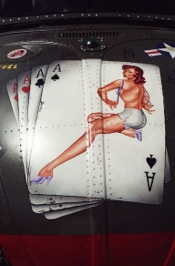 Pin Up - World Wide Artists