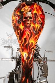 Flame tank! - Aerografia su Gomme