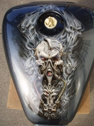 Awesome custom tank - Airbrush Artwoks