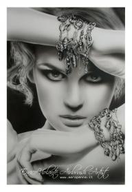 ragazza con pendagli, aerografia su cartoncino 40x60 - Airbrush Artwoks