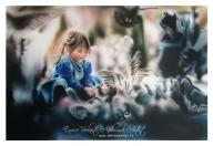 la bambina dei piccioni, aerografia su carta - Airbrush Artwoks
