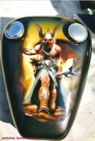ArteKaos Airbrush - Airbrush on Harley Davidson Tank - ArteKaos Airbrush