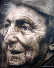 Old woman - airbrush on canvas  - Airbrush Artwoks