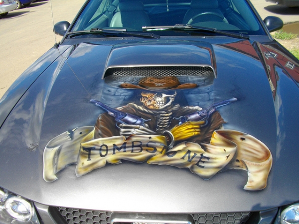 Tombstone Airbrush Bonnet on Mustang