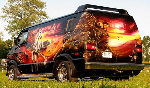 Airbrush Kustom on Van