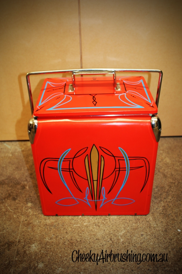 pinstriping nevera