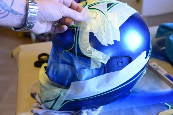 Airbrush painting and helmet Step 14. | Olivier Roubieu