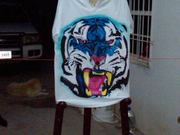 airbrush blue tiger
