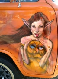 "Kombi called ""twisted pixie"" drivers Door - AUTO ART"