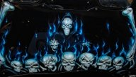 Skulls, flames and bones on bonnet - Airbrush Artwoks