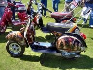 Super Airbrushed Vespa - Airbrush Artwoks