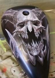 Monster Skull B/W - Kustom Airbrush